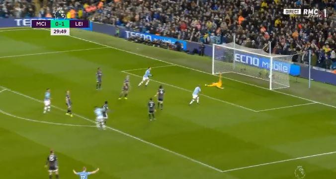 Manchester City rikthehet në lojë, Mahrez, gol i bukur!VIDEO