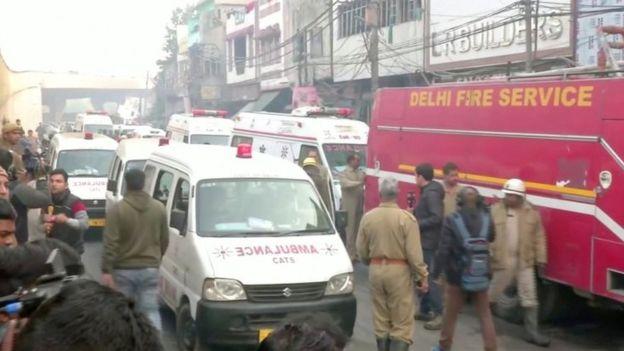 Tragjedi në Indi, shkrumbohet fabrika e çantave, 40 të vdekur