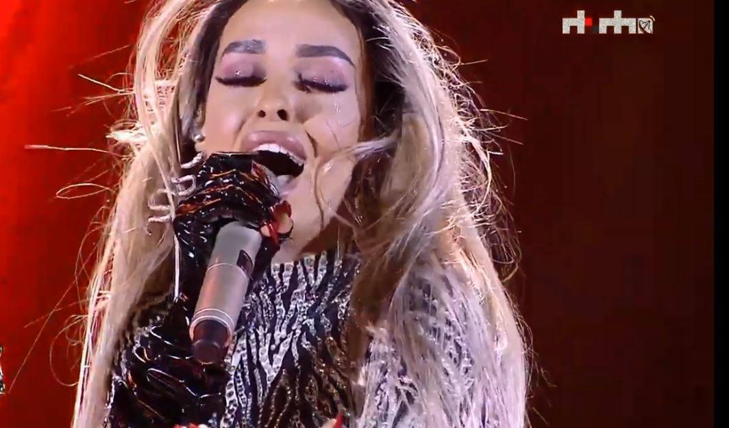 E ftuara speciale në 'Festivalin e këngës' Eleni Foureira mahnitë me paraqitjen