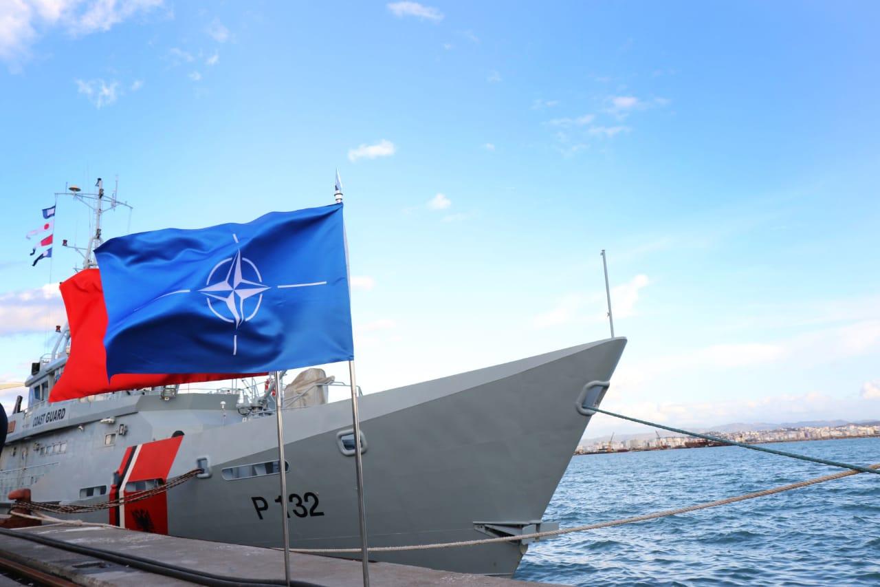 FOTO/ Pashalimani bazë e NATO-s, ka nisur ringritja e flotës