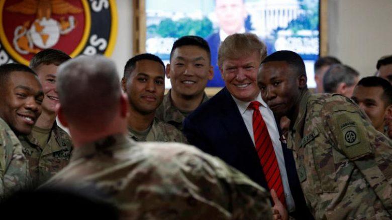 Asnjë celular dhe asnjë shkrim në Twitter – si u mbajt i fshehtë udhëtimi i presidentit Trump në Afganistan