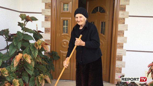 Është 105 vjeçe, Fana nga Fieri na tregon sekretin e jetëgjatësisë