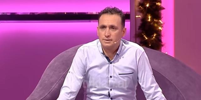 Tërmeti e bëri të pendohej, burri i kërkon falje gruas në emision: Ka qarë për 23 vite