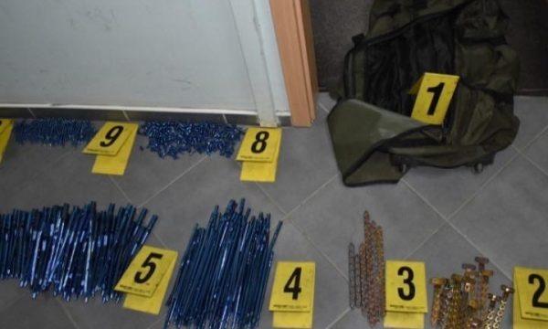 Arrestohen dy persona në Prishtinë, dyshohen për vjedhje në shumën 40 mijë euro
