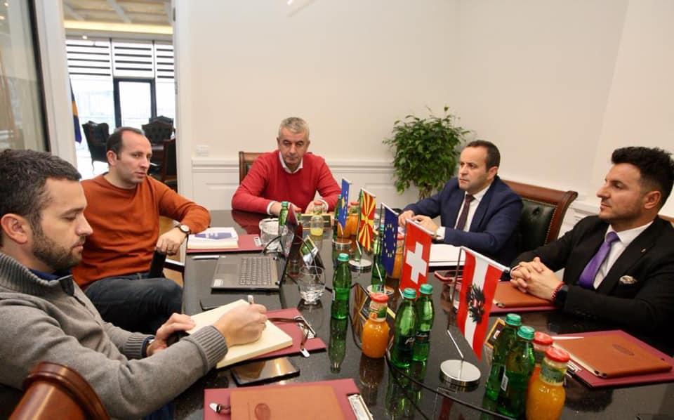 Xhemaili:Në Lipjan të Kosovës për t'u njohur nga afër me veprimtarinë e kompanisë PREMIUM Bakery kompani