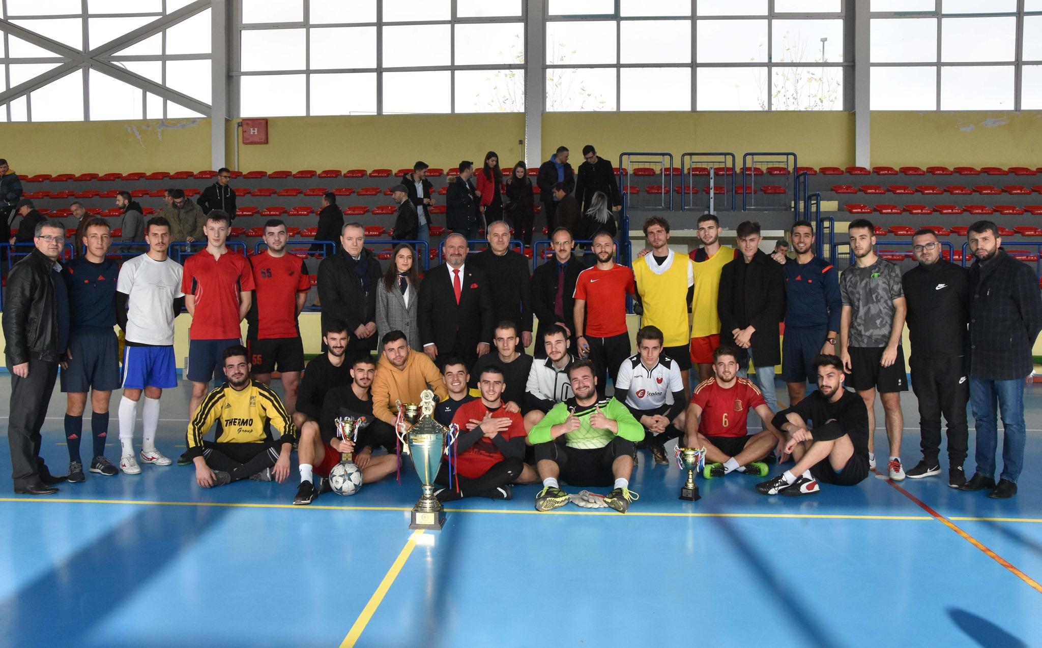 🇦🇱️🇺🇸| ️️25 Vjet UT - Fakulteti i Teknologjisë Ushqimore dhe të Ushqyerit fitues i turneut tradicional në futboll të vogël