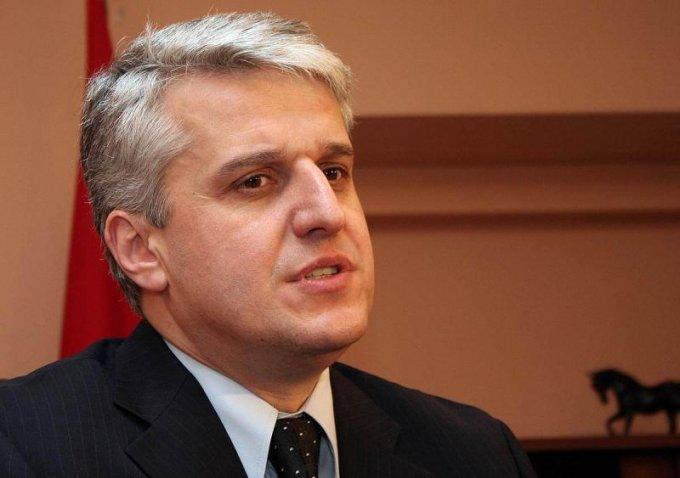 Majko: Mospëlqimi i frikacakëve është lavdia e trimave Kosova ime!