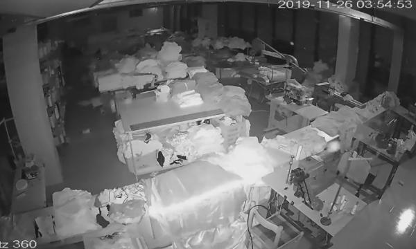 Kjo video nga kamerat e sigurisë tregon sakt sa sekonda zgjati tërmeti i 26 nëntorit