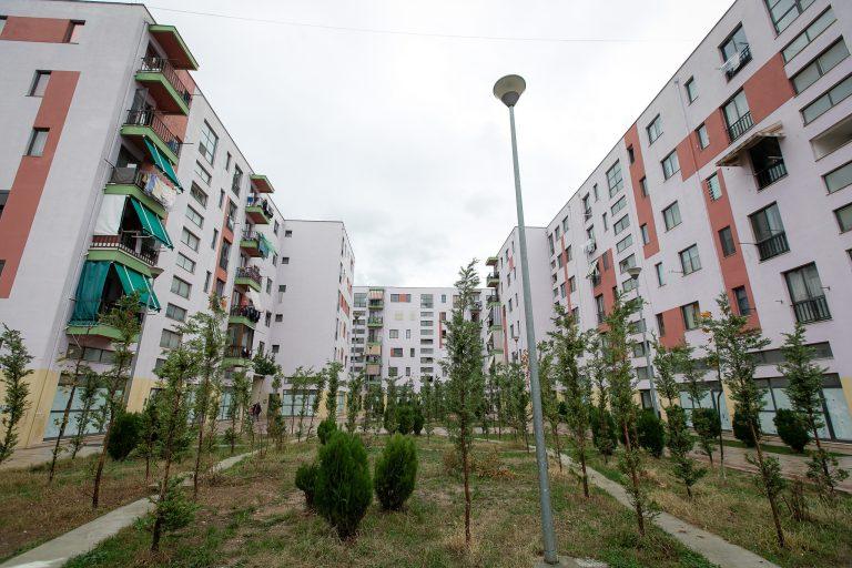 LISTA E PLOTË / Ja 554 familjet që përfitojnë bonus qiraje nga Bashkia e Tiranës