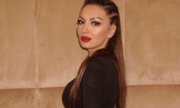 Adelina Ismaili feston sot ditëlindjen