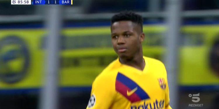 Super talenti Ansu Fati shokon Interin në fund dhe vendos rekord (VIDEO)