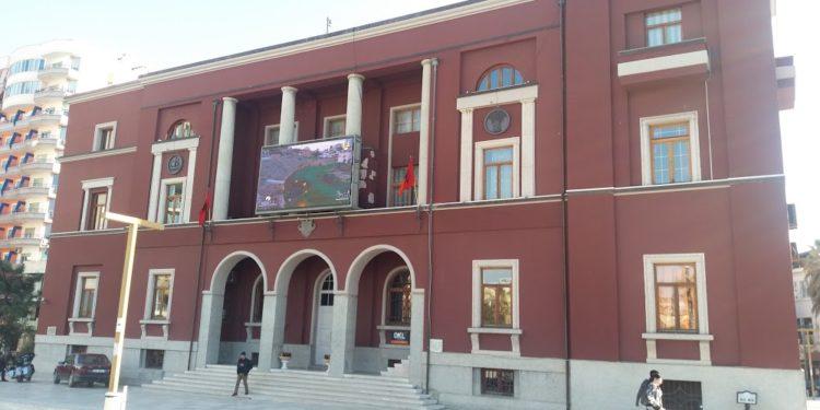 Zhylien Varfi, emërohet kryetar i Bashkisë së Durrësit