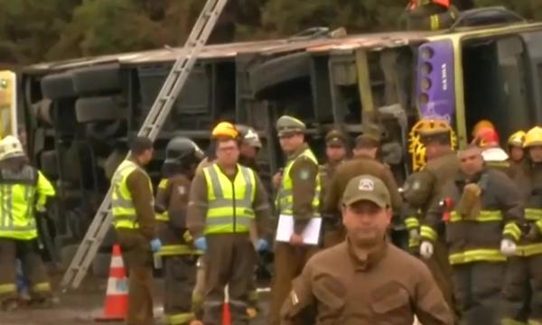 Autobusi bie nga kodra në Tunizi, vdesin 22 turistë