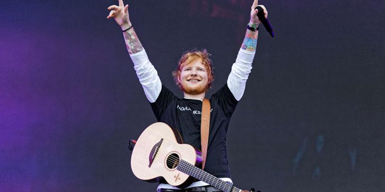 """Fitimet marramendëse të Ed Sheeran, i bën """"dhuratë"""" vetes 73.4 milion paund këtë vit"""