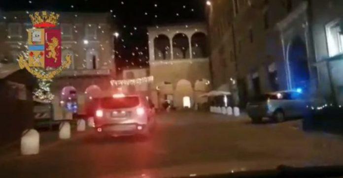Tregtonin drogë, arrestohet burri dhe gruaja shqiptare në Itali