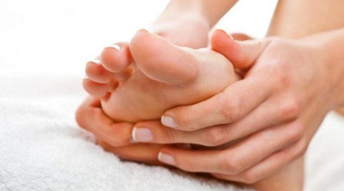 4 ilaçe natyrale që duhet të dini patjetër për deformimin e nyjeve të këmbëve