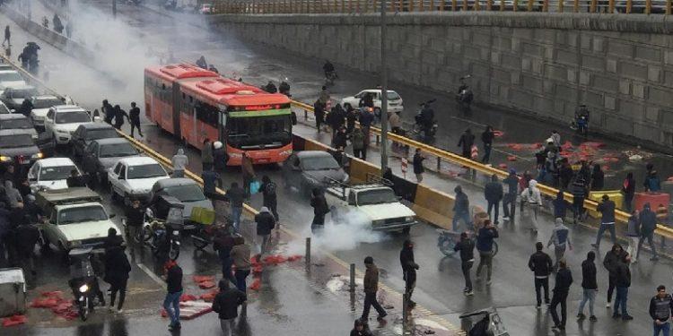 7 000 të arrestuar në protestat në Iran, OKB: Kemi video që tregojnë vrasje shtetërore