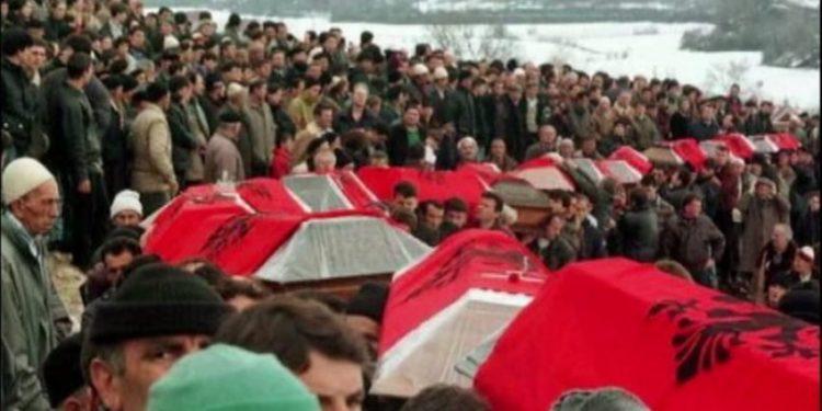 Serbia mohoi masakrën e Reçakut, Kosova apel të fortë SHBA-së dhe Bashkimit Europian