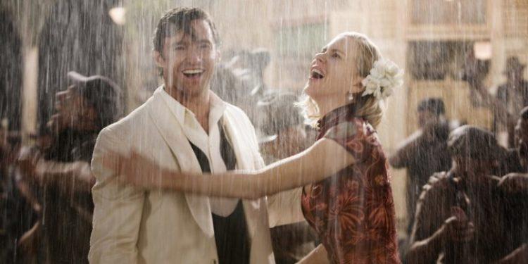E vërteton shkenca: Ecja në shi ju bën më të shëndetshëm