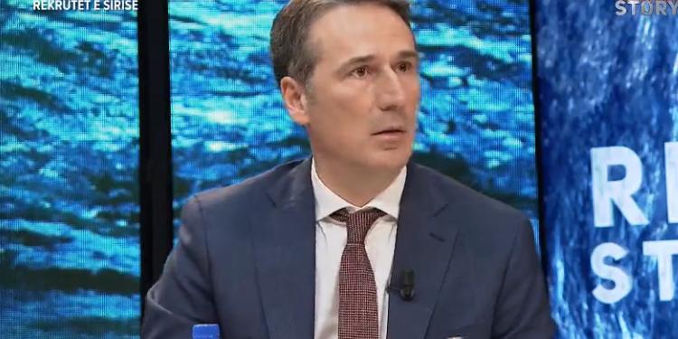 """Eksperti Shtuni: """"Armët për shumë krime në Evropë erdhën nga Ballkani"""""""