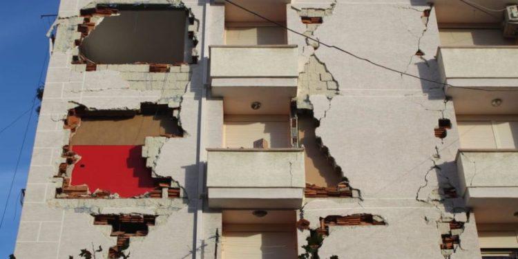 """Dosja """"Tërmeti"""", katër të shpallur në kërkim kanë ikur në Itali, tre fshihen në Tiranë"""