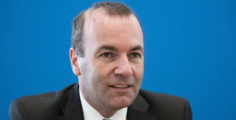 Manfred Weber: LDK e VV të gjejnë modalitetin për Qeverinë e re, vendimi për vizat së shpejti